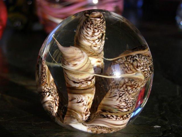 זהירות שביר – אוסף כדורי זכוכית
