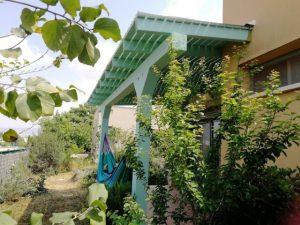 פרגולה מעץ גושני באזור כרמיאל