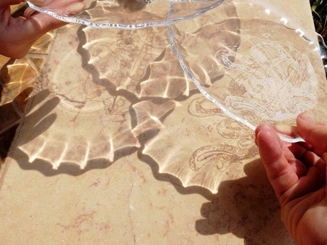 משחקים עם זכוכית, או : אני צריכה לבקר שוב באיקאה